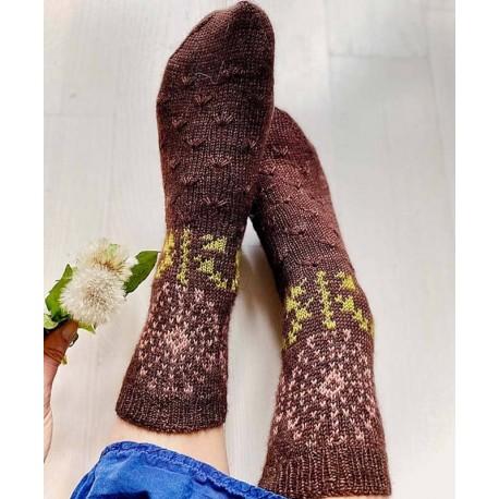 Stone Knits Dandelion Wishes Socks Strickset