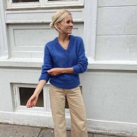 PetiteKnit - Stockholm Sweater V-Ausschnitt