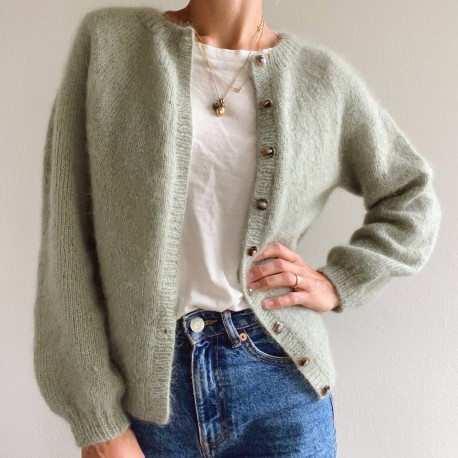 PetiteKnit - Novice Cardigan Mohair Edition