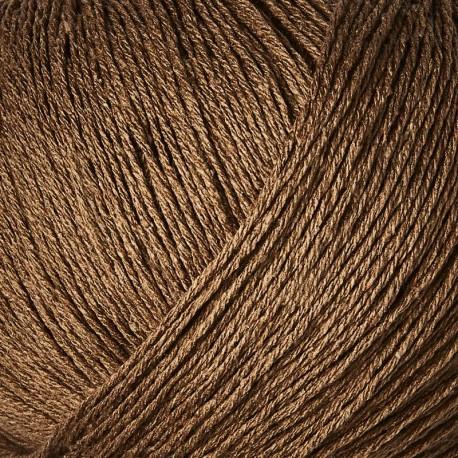 Knitting for Olive Pure Silk Dark Cognac Detail