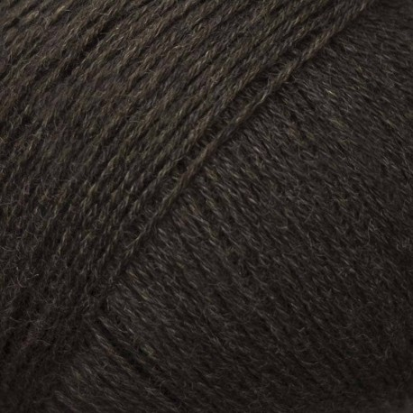 Knitting for Olive Compatible Cashmere Brown Bear Detail