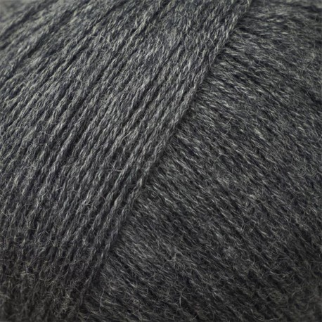 Knitting for Olive Compatible Cashmere Slate Gray Detail
