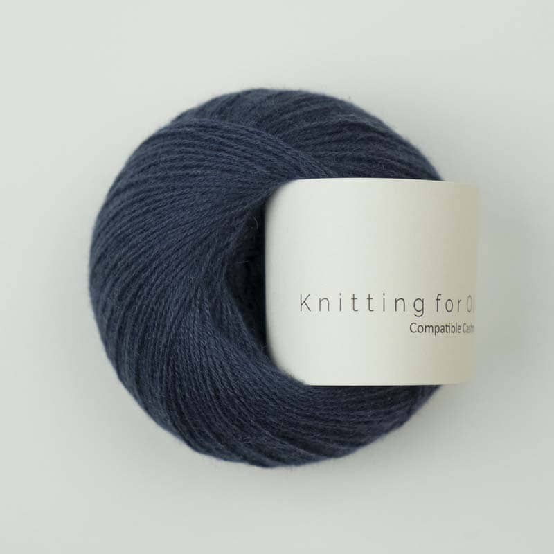 Knitting for Olive Compatible Cashmere Navy Blue