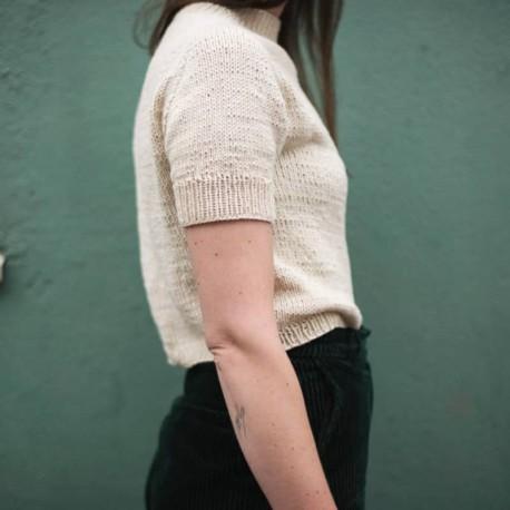 Collett Tee Witre Design Strickanleitung und passende Wolle