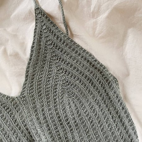 My Favourite Things Knitwear Camisole No 4 Strickset
